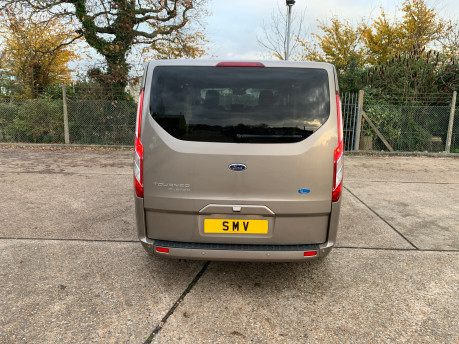 Ford Tourneo Custom NEW & UNREGISTERED TITANIUM X ECOBLUE WHEELCHAIR ACCESSIBLE VEHICLE WAV 11