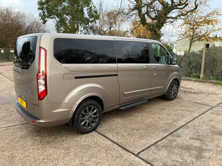 Ford Tourneo Custom NEW & UNREGISTERED TITANIUM X ECOBLUE WHEELCHAIR ACCESSIBLE VEHICLE WAV 12