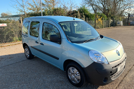 Renault Kangoo 2011 EXTREME 16V wheelchair & scooter accessible vehicle WAV