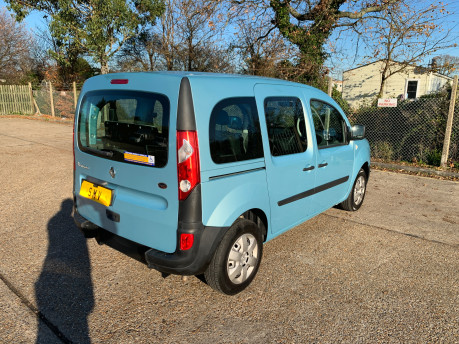 Renault Kangoo 2011 EXTREME 16V wheelchair & scooter accessible vehicle WAV 22