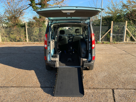 Renault Kangoo 2011 EXTREME 16V wheelchair & scooter accessible vehicle WAV 4