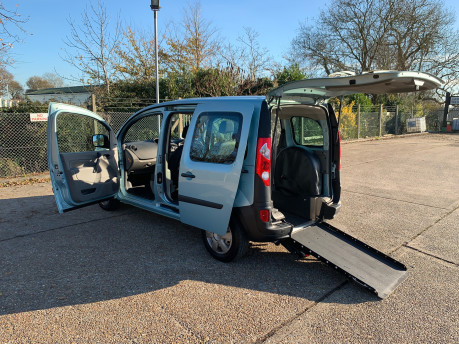 Renault Kangoo 2011 EXTREME 16V wheelchair & scooter accessible vehicle WAV 23