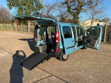 Renault Kangoo 2011 EXTREME 16V wheelchair & scooter accessible vehicle WAV 25