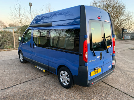 Renault Trafic 2014 LH29 DCI H/R wheelchair accessible vehicle WAV 32