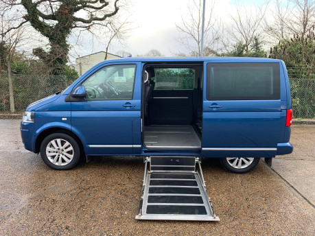 Volkswagen Caravelle 2015 EXECUTIVE TDI BLUEMOTION TECH wheelchair & scooter accessible WAV 9