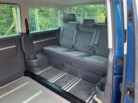 Volkswagen Caravelle 2015 EXECUTIVE TDI BLUEMOTION TECH wheelchair & scooter accessible WAV 11