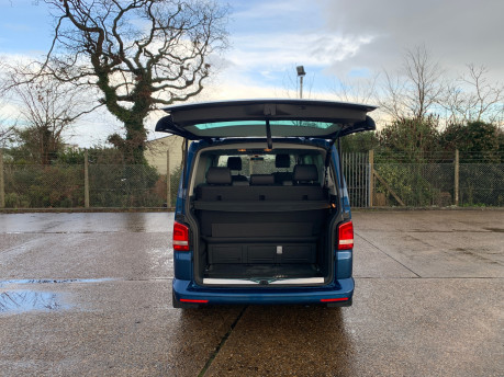 Volkswagen Caravelle 2015 EXECUTIVE TDI BLUEMOTION TECH wheelchair & scooter accessible WAV 23