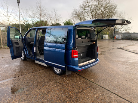 Volkswagen Caravelle 2015 EXECUTIVE TDI BLUEMOTION TECH wheelchair & scooter accessible WAV 26