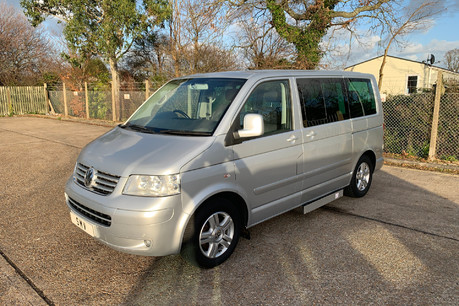 Volkswagen Caravelle 2010 EXECUTIVE TDI wheelchair & scooter accessible vehicle WAV