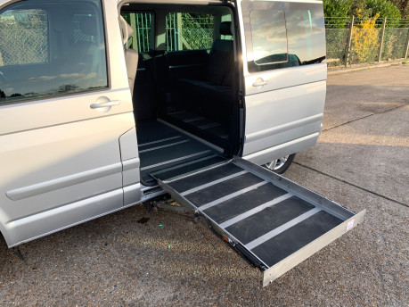 Volkswagen Caravelle 2010 EXECUTIVE TDI wheelchair & scooter accessible vehicle WAV 8