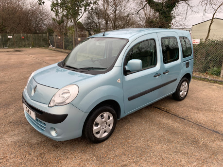 Renault Kangoo 2011 EXPRESSION 16V wheelchair & scooter accessible vehicle WAV 1