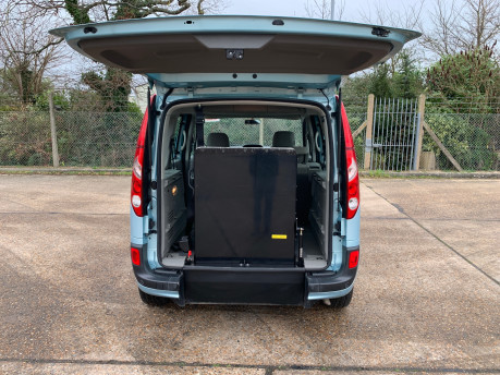 Renault Kangoo 2011 EXPRESSION 16V wheelchair & scooter accessible vehicle WAV 5
