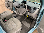 Renault Kangoo 2011 EXPRESSION 16V wheelchair & scooter accessible vehicle WAV 17