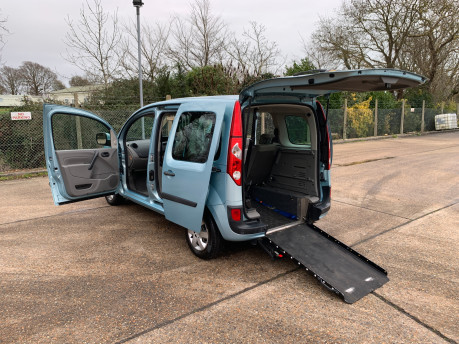 Renault Kangoo 2011 EXPRESSION 16V wheelchair & scooter accessible vehicle WAV 19