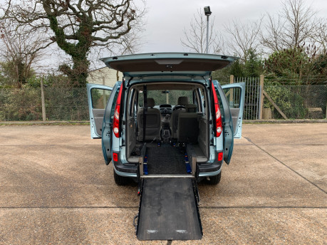 Renault Kangoo 2011 EXPRESSION 16V wheelchair & scooter accessible vehicle WAV 20