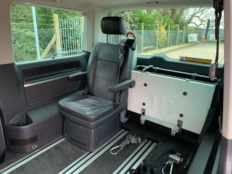Volkswagen Caravelle 2013 EXECUTIVE TDI BLUEMOTION TECHNOLOGY wheelchair accessible vehicle WAV 20