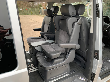 Volkswagen Caravelle 2013 EXECUTIVE TDI BLUEMOTION TECHNOLOGY wheelchair accessible vehicle WAV 22