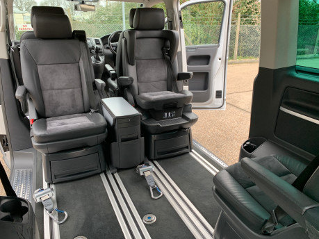 Volkswagen Caravelle 2013 EXECUTIVE TDI BLUEMOTION TECHNOLOGY wheelchair accessible vehicle WAV 23