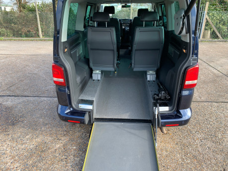 Volkswagen Caravelle 2011 EXECUTIVE TDI wheelchair accessible vehicle WAV 7