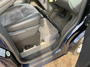 Volkswagen Caravelle 2011 EXECUTIVE TDI wheelchair accessible vehicle WAV 22