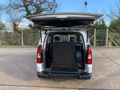 Citroen Berlingo Multispace 2013 HDI XTR wheelchair and scooter accessible vehicle WAV 6