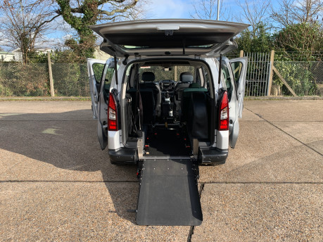 Citroen Berlingo Multispace 2013 HDI XTR wheelchair and scooter accessible vehicle WAV 31