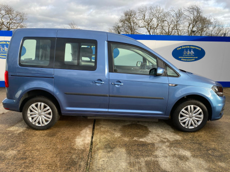Volkswagen Caddy Life 2016 C20 LIFE TDI drive from wheelchair & scooter accessible vehicle WAV 29