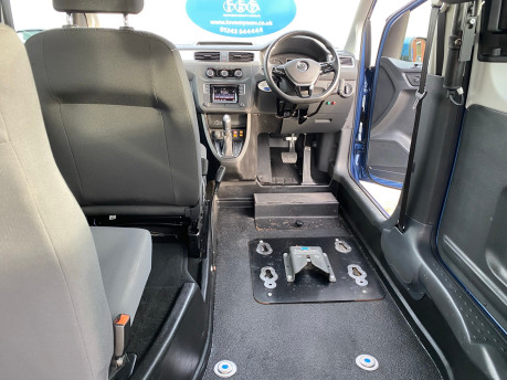 Volkswagen Caddy Life 2016 C20 LIFE TDI drive from wheelchair & scooter accessible vehicle WAV 19