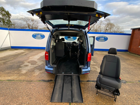 Volkswagen Caddy Life 2016 C20 LIFE TDI drive from wheelchair & scooter accessible vehicle WAV 23