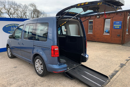 Volkswagen Caddy Life C20 LIFE TSI drive from wheelchair & scooter accessible vehicle WAV