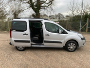 Citroen Berlingo Multispace 2014 MULTISPACE AIRDREAM XTR EGS E-HDI wheelchair & scooter accessible WAV 23