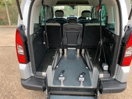 Citroen Berlingo Multispace 2014 MULTISPACE AIRDREAM XTR EGS E-HDI wheelchair & scooter accessible WAV 7