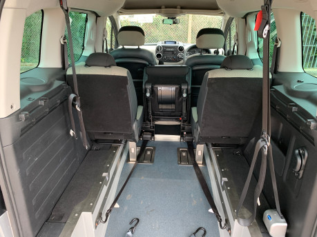 Citroen Berlingo Multispace 2014 MULTISPACE AIRDREAM XTR EGS E-HDI wheelchair & scooter accessible WAV 8