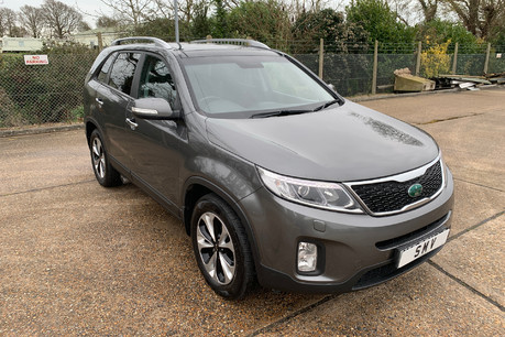 Kia Sorento 2014 CRDI KX-3 SAT NAV wheelchair accessible vehicle WAV