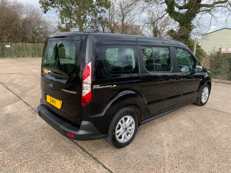 Ford Grand Tourneo Connect 2020 GRAND ZETEC TDCI wheelchair and scooter accessible vehicle WAV 32