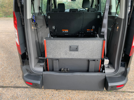 Ford Grand Tourneo Connect 2020 GRAND ZETEC TDCI wheelchair and scooter accessible vehicle WAV 7