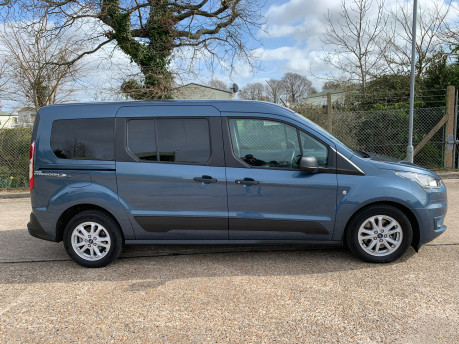Ford Grand Tourneo Connect 2020 GRAND Zetec TDCI wheelchair & scooter accessible vehicle WAV 33