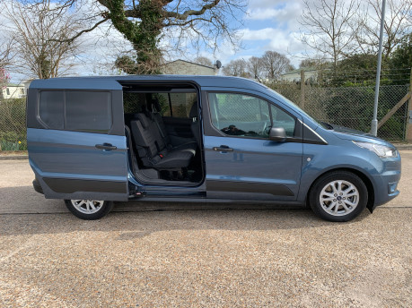Ford Grand Tourneo Connect 2020 GRAND Zetec TDCI wheelchair & scooter accessible vehicle WAV 34