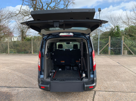Ford Grand Tourneo Connect 2020 GRAND Zetec TDCI wheelchair & scooter accessible vehicle WAV 5