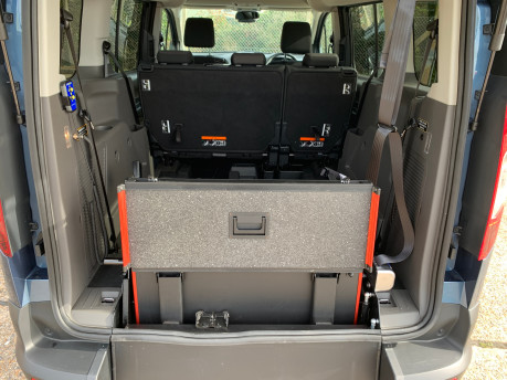 Ford Grand Tourneo Connect 2020 GRAND Zetec TDCI wheelchair & scooter accessible vehicle WAV 8