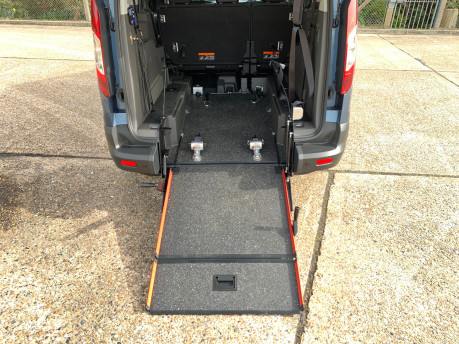 Ford Grand Tourneo Connect 2020 GRAND Zetec TDCI wheelchair & scooter accessible vehicle WAV 10