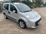Fiat Qubo MULTIJET DYNAMIC DUALOGIC wheelchair & scooter accessible vehicle WAV 1