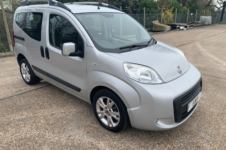 Fiat Qubo MULTIJET DYNAMIC DUALOGIC wheelchair & scooter accessible vehicle WAV