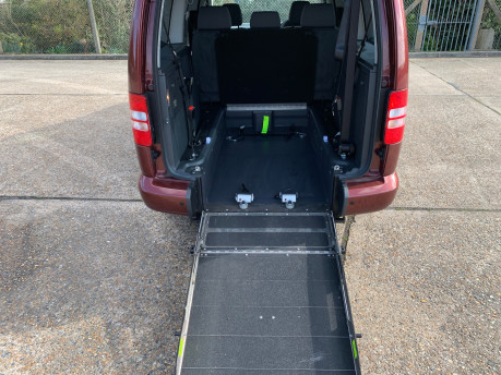 Volkswagen Caddy Maxi 2015 C20 LIFE TDI wheelchair & scooter accessible vehicle 10