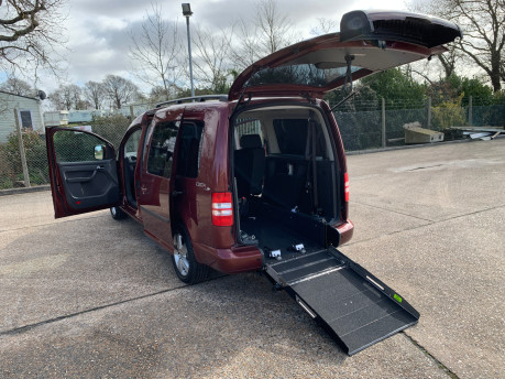 Volkswagen Caddy Maxi 2015 C20 LIFE TDI wheelchair & scooter accessible vehicle 14