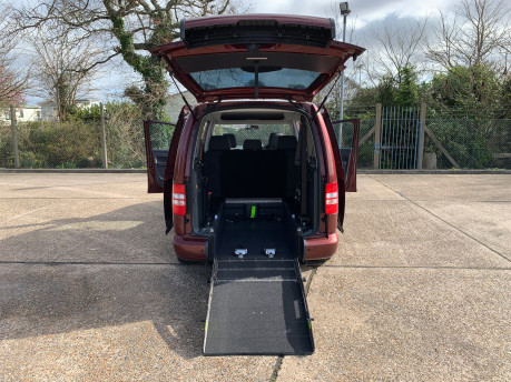 Volkswagen Caddy Maxi 2015 C20 LIFE TDI wheelchair & scooter accessible vehicle 15