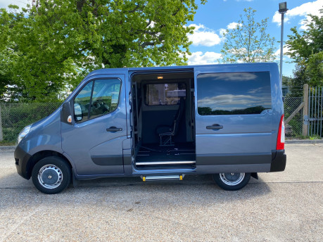 Renault Master 2013 SL30 DCI COMBO QUICKSHIFT wheelchair accessible vehicle WAV 5