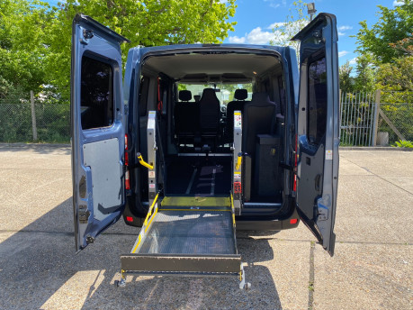 Renault Master 2013 SL30 DCI COMBO QUICKSHIFT wheelchair accessible vehicle WAV 13