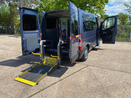 Renault Master 2013 SL30 DCI COMBO QUICKSHIFT wheelchair accessible vehicle WAV 31