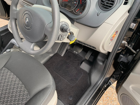 Renault Kangoo 2011 EXTREME 16V wheelchair & scooter accessible vehicle WAV 14